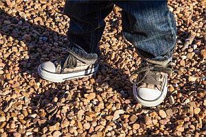 Bild: auf eigenen Beinen stehen